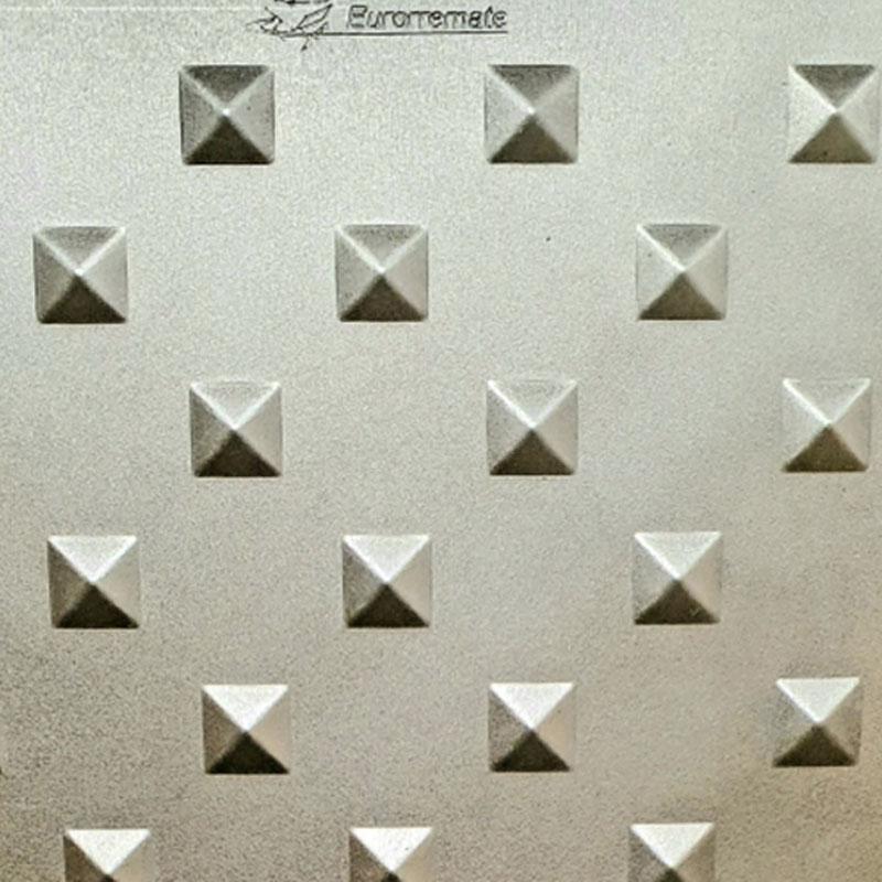 Chapas Perforadas Decorativas