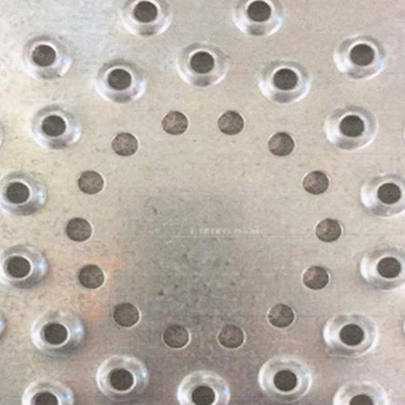 Chapas Perforadas Antideslizantes